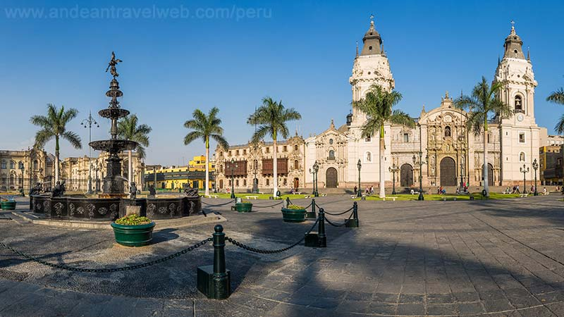 Lima Plaza de Armas and cathedral