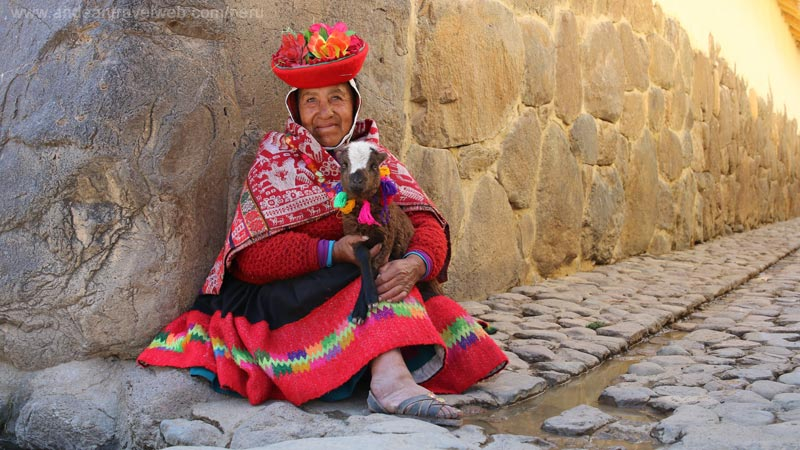 Local woman from Ollantaytambo in traditional dress